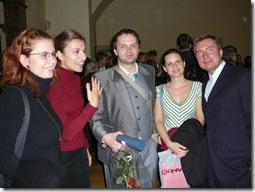 Po promoci na Karlově univerzitě s přáteli, 2006